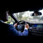 eigen-chauffeur-directiechauffeur-auto-kant-rijden-navigaite-spiegel
